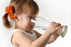 Обильное питье ребенка во время диареи